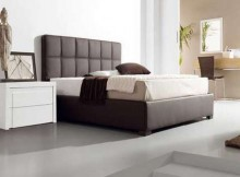 cabecero de cama matrimonial tapizado en cuero marron