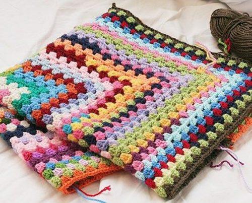 Mantas de ganchillo coloridas